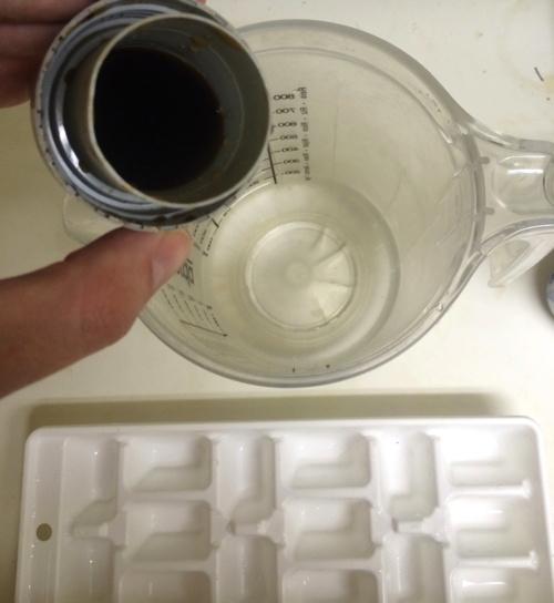 caffeine_ice_cubes_4