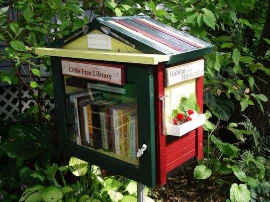little_free_library2.jpg